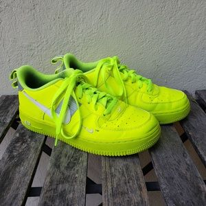 Nike Air Force 1 Utility Volt - Neon Green